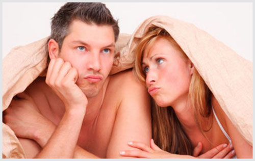 Hẹp bao quy đầu quan hệ có ảnh hưởng gì không?