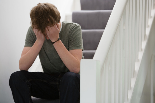 Tiểu đau rát buốt và có mủ là bệnh gì?